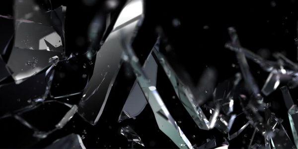 CGI Animation of Glass smashing
